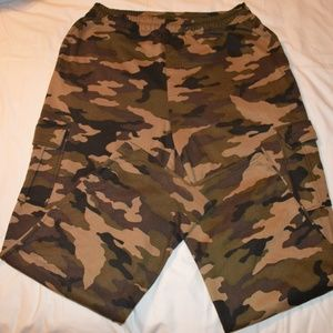 4XL camouflage sweatpants/joggers w/ cargo pockets